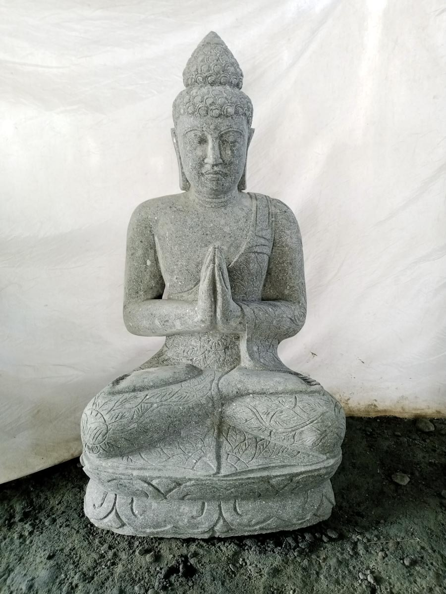 Statue jardin zen bouddha pierre volcanique position for Bouddha dans un jardin